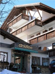 Hotel Gridlon Pettneu St. Anton Austria