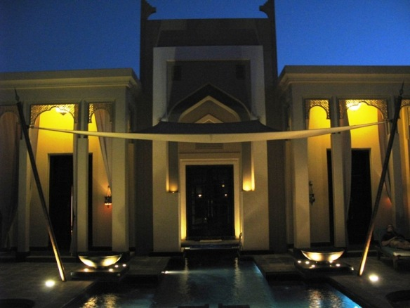 In villa Pool Banyan Tree Al Areen