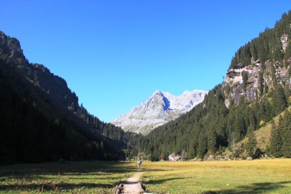 Murgsee walk in Switzerland