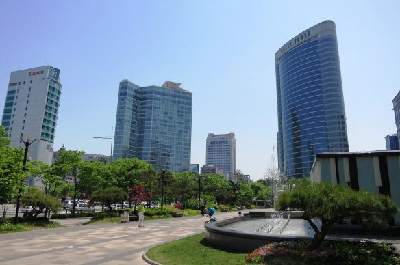 walking around Seoul