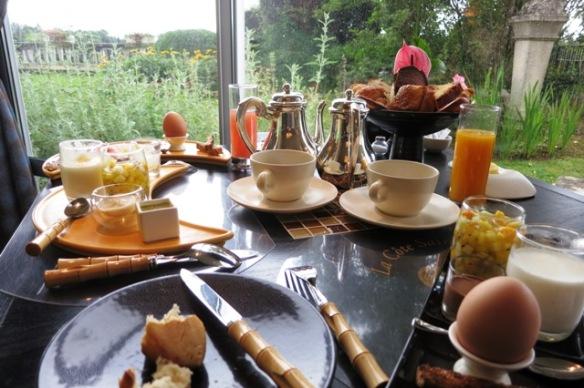 La Côte Saint Jacques - breakfast