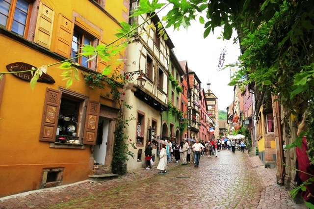 Welcome to Riquewihr, Alsace!