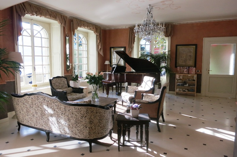 Relais Villa Vittoria, Lake Como - living room